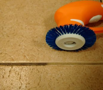 iVo Power Brush Grout Cleaning 1 – Copy